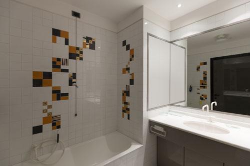 Jak urządzić małą łazienkę - zasady i odpowiedni pomysł - Aranżacje łazienki