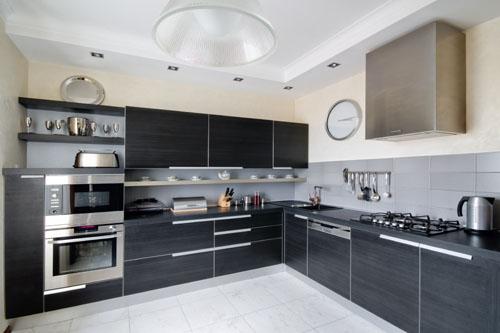 Szara kuchnia  projekty kuchni  Aranżacje kuchni -> Kuchnia Bialo Szara Z Drewnem